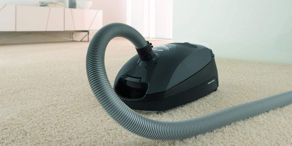 Miele Classic C1 bagged canister vacuum